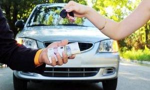Qué hacer en un accidente con un coche de alquiler